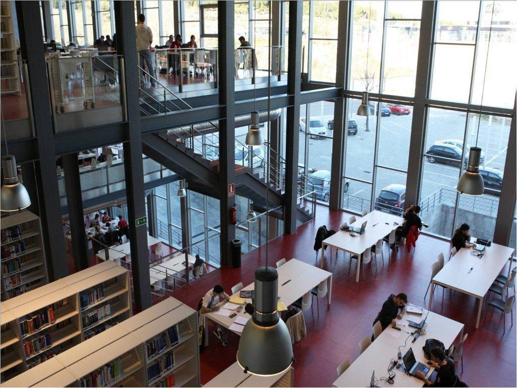 Biblioteca del campus sur de la upm escuela t cnica for Servicios escolares arquitectura